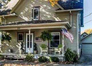 Pre Foreclosure in Winnebago 61088 S SWIFT ST - Property ID: 1037912246