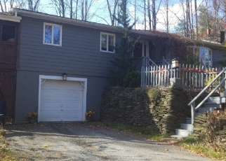 Pre Foreclosure in Southampton 01073 RIVERDALE RD - Property ID: 1042164996