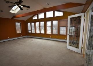 Pre Foreclosure in Bolton 06043 BOSTON TPKE - Property ID: 1065806374