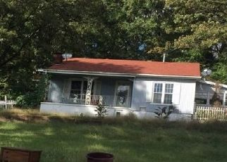 Pre Foreclosure in Mountainburg 72946 HIGHWAY 71 NE - Property ID: 1069137166