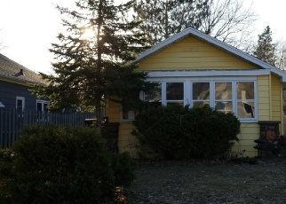 Pre Foreclosure in Spooner 54801 BASHAW ST - Property ID: 1078827343