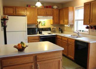 Pre Foreclosure in East Petersburg 17520 MORRIS DR - Property ID: 1159507860