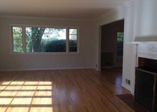 Pre Foreclosure in Little Silver 07739 FOX HILL DR - Property ID: 1209745662