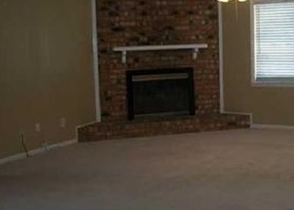 Pre Foreclosure in Southaven 38671 OLD FORGE RD - Property ID: 1262361668