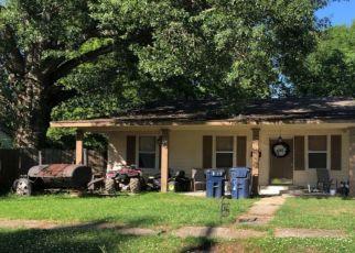 Pre Foreclosure in Tallulah 71282 LOUISIANA ST - Property ID: 1304264388