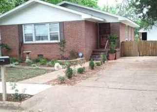 Pre Foreclosure in Sheffield 35660 N NASHVILLE AVE - Property ID: 1328962170