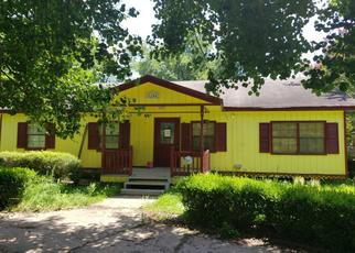 Pre Foreclosure in Tallulah 71282 MISSISSIPPI ST - Property ID: 1348688980