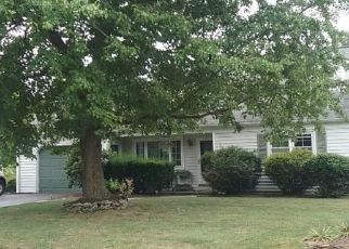 Pre Foreclosure in Hatfield 19440 JEAN DR - Property ID: 1366321807