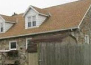 Pre Foreclosure in Topton 19562 S CHERRY ST - Property ID: 1371063745