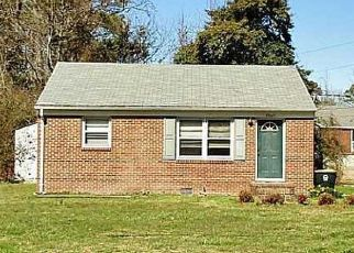 Pre Foreclosure in Seaford 23696 SEAFORD RD - Property ID: 1379665105