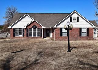 Pre Foreclosure in Gore 74435 RAY FINE DR - Property ID: 1381438473