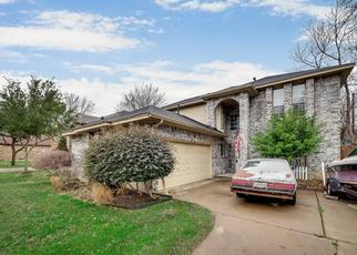 Pre Foreclosure in Grapevine 76051 GREENWOOD LN - Property ID: 1382745382
