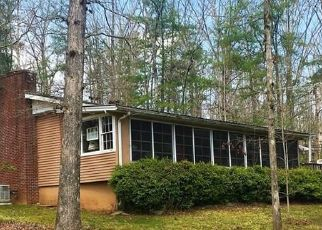 Pre Foreclosure in Mountain Rest 29664 W COVE DR - Property ID: 1383654171