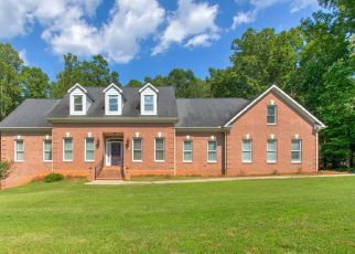 Pre Foreclosure in Browns Summit 27214 OAK VALLEY LN - Property ID: 1385810322