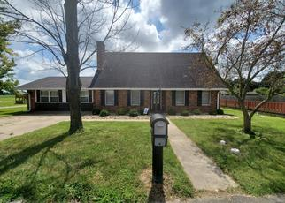 Pre Foreclosure in Carmi 62821 LYNN ST - Property ID: 1388618620