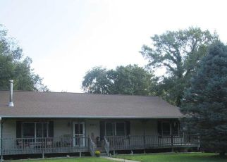 Pre Foreclosure in Camanche 52730 OVERLOOK CT - Property ID: 1389075873