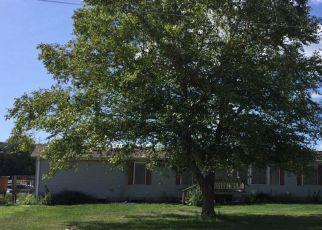 Pre Foreclosure in New Boston 61272 SCHRADER LN - Property ID: 1389362292