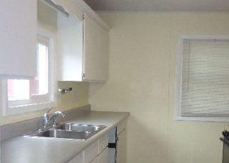 Pre Foreclosure in Angola 46703 E BROAD ST - Property ID: 1389457332