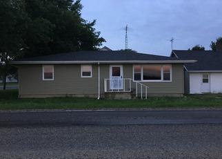 Pre Foreclosure in Assumption 62510 N COLLEGE ST - Property ID: 1389604946