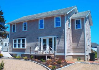 Pre Foreclosure in Duxbury 02332 PLYMOUTH AVE - Property ID: 1393480117