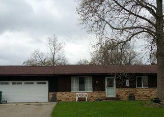 Pre Foreclosure in Auburn Hills 48326 ROSETTA CT - Property ID: 1394227755
