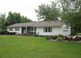 Pre Foreclosure in Salem 62881 RADIO TOWER RD - Property ID: 1395163705