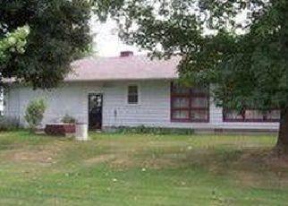 Pre Foreclosure in Vandalia 63382 HIGHWAY W - Property ID: 1400593706