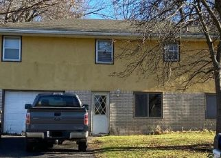 Pre Foreclosure in Osseo 55311 BERKSHIRE LN N - Property ID: 1464929452