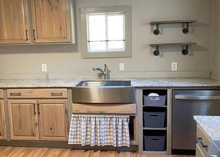 Pre Foreclosure in Pea Ridge 72751 N DAVIS ST - Property ID: 1539579494