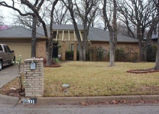 Pre Foreclosure in Arlington 76015 BAINWOOD TRL - Property ID: 1541633147