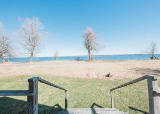 Pre Foreclosure in Three Mile Bay 13693 S SHORE RD - Property ID: 1582372170