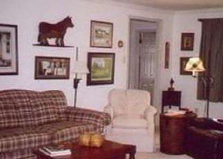 Pre Foreclosure in Oreland 19075 E HEATHER RD - Property ID: 1603916561