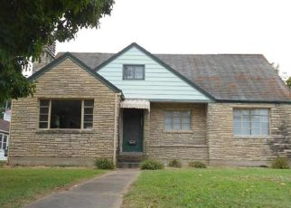Pre Foreclosure in Sainte Genevieve 63670 S 4TH ST - Property ID: 1651886539