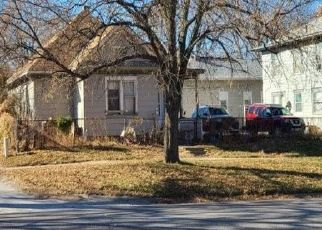 Pre Foreclosure in Lincoln 68508 S 10TH ST - Property ID: 1708334826