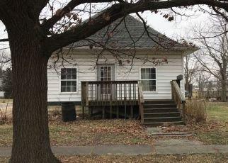 Pre Foreclosure in Nokomis 62075 WATER ST - Property ID: 1727197931