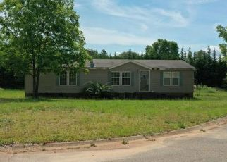 Pre Foreclosure in Townville 29689 RAMS HEAD CT - Property ID: 1741569150
