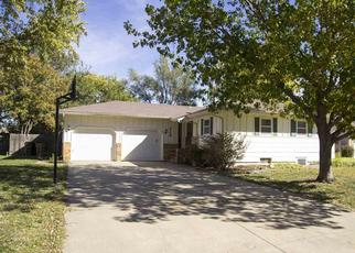 Pre Foreclosure in Hesston 67062 CRESCENT DR - Property ID: 929738814
