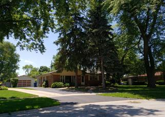 Pre Foreclosure in Itasca 60143 W DIVISION ST - Property ID: 943156585