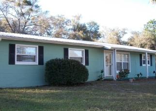 Pre Foreclosure in Pomona Park 32181 LAKE COMO DR - Property ID: 968398778