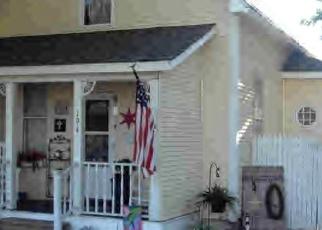 Pre Foreclosure in Warrensburg 62573 N MAIN ST - Property ID: 973831401