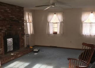 Pre Foreclosure in Westford 01886 DUNSTABLE RD - Property ID: 989622553