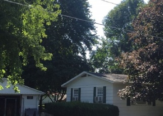 Pre Foreclosure in Middletown 62666 N ANSON ST - Property ID: 999702523