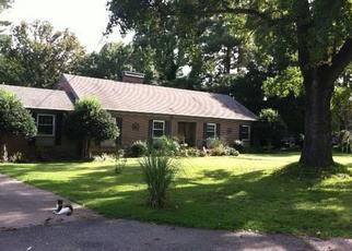 Sheriff Sale in Boykins 23827 VIRGINIA AVE - Property ID: 70140903676