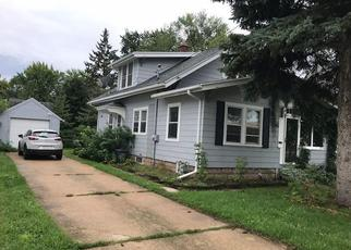 Short Sale in Appleton 54914 W COMMERCIAL ST - Property ID: 6324531690