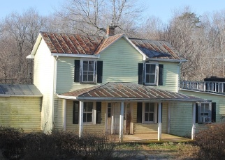 Short Sale in Amissville 20106 WATERFORD RD - Property ID: 6327785843
