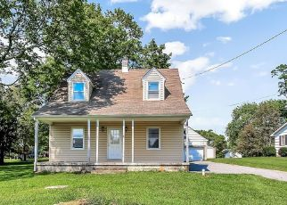Short Sale in Glen Arm 21057 MANOR RD - Property ID: 6331828327