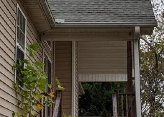 Short Sale in Marshall 28753 BLACKBERRY RDG - Property ID: 6332402516